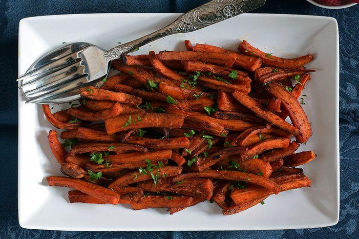 Te explicamos paso a paso, de manera sencilla, la elaboración de la receta de palitos crujientes de zanahorias asadas. Ingredientes, tiempo de elaboración