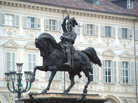 Cheval de bronze, Piazza San Carlo