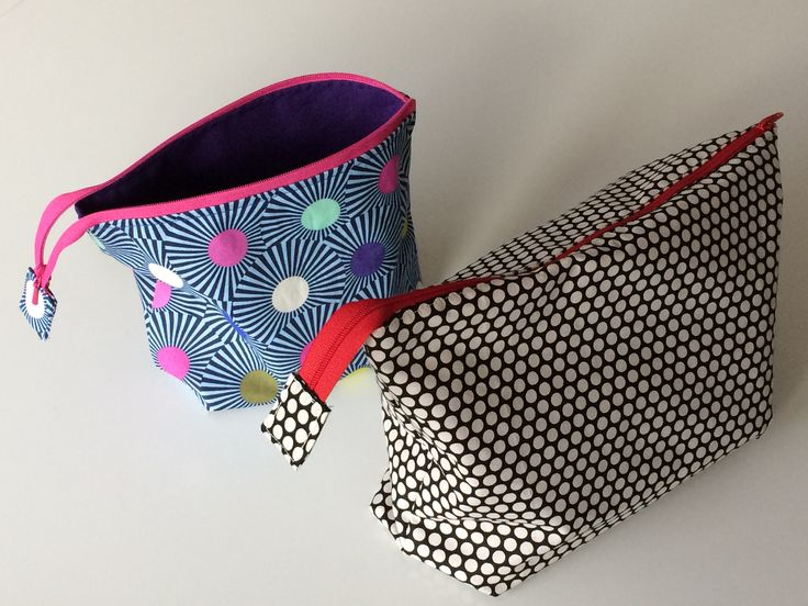 Open wide zippered pouch fra #noodlehead