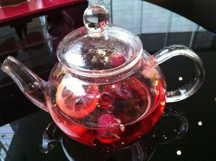 #food #afternoontea #afternoonteatime #sunny #happy #happiness #cafe #restaurant #tea #teatime #rosetea  #flowertea by btxd1009