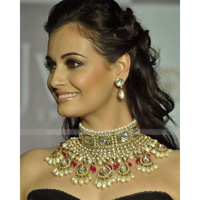 Bollywood Fashion,Party wear ideas and more - BindassParty