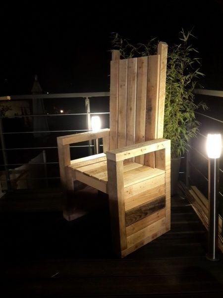 Le pallet'trône par La menuisette - Bonsoir tout le monde ! Ça fait quelque temps que je navigue sur ce magnifique site et aujourd'hui je me suis (enfin) décidé à ouvrir mon compte et publier mes créations.  Je n'ai pas pris de photo du...