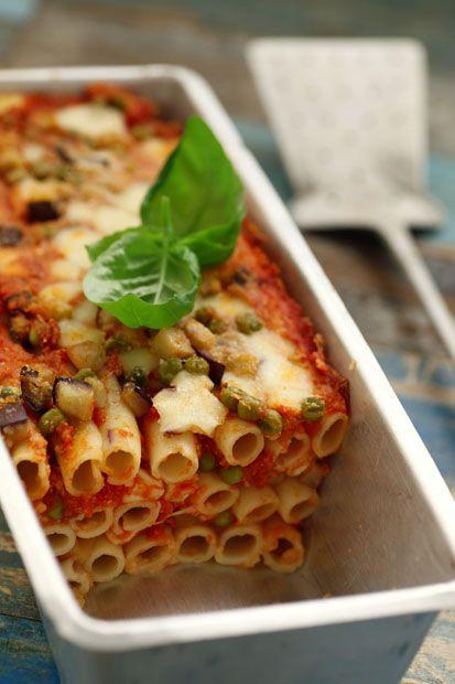 #Sformato di #ziti e #piselli alla #mozzarelladibufala #Cirio, gusta la nostra #ricetta. #pie #pasta  #peas #recipe #primopiatto #piattounico #food #cheese