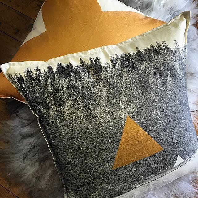 Bronze up your day with our summer camp golden glamours. Tee Pee Dreaming and X Bronze cushions available online and in stores. ponyrider.com.au  Great shot from @inkandfeathers