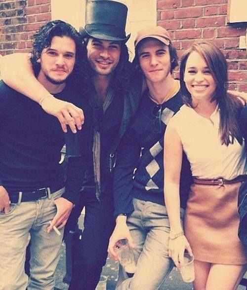 Game of Thrones Cast. Emilia Clarke With Kit Harington, Jason Momoa and Harry Lloyd