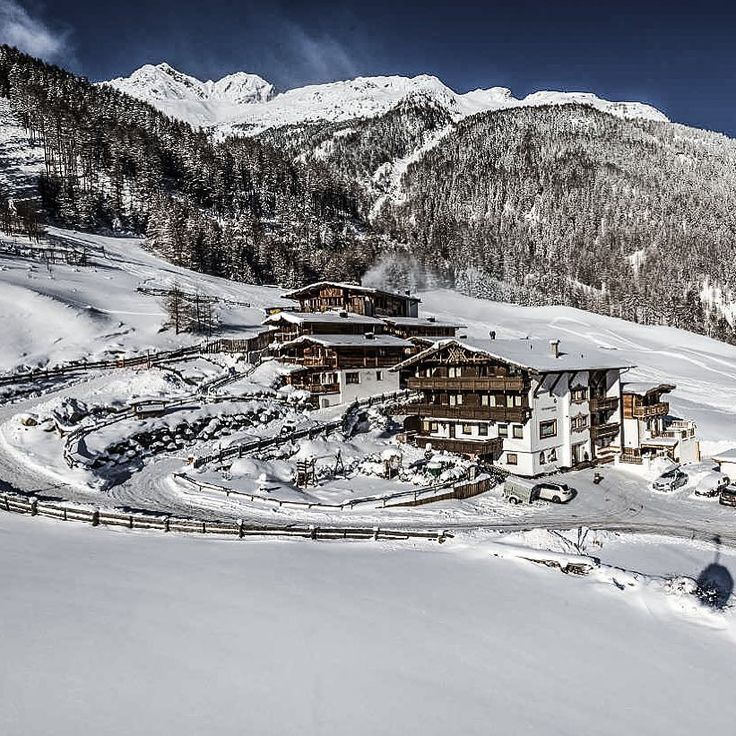 What about ski holidays in an apartment or chalet next to the ski slopes ? #skiinskiout #apartment #chalet #winter #hotel #vacation