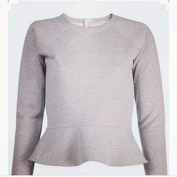 Blusa peplum de moletom,com zíper nas costas,para ficar bem certinha no corpo!Faço em outras cores também.
