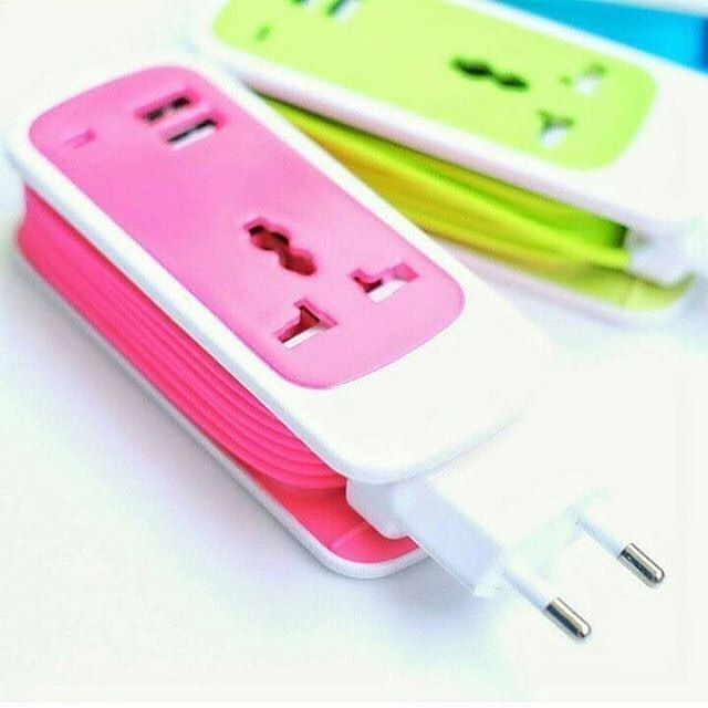 """COLOKAN USB CHARGER """"Model EXBO S13  panjang kabel 15 M  2 Usb port kapasitas 35 A  kabel model gulung  use for:  Charging for phone Pad  Smartphone pad Mp3 Mp4 Psp  Gps Bluetooth Device Tablet  Pc and the other Digital Devices"""" . . Harga 75rb . . . #usbcharger #colokanlistrikusb #colokanusb #colokankabel #colokanusbcharger3in1murah #colokanlistriksimple #colokanlistrikjkt #colokanlistrikusbjakarta"""