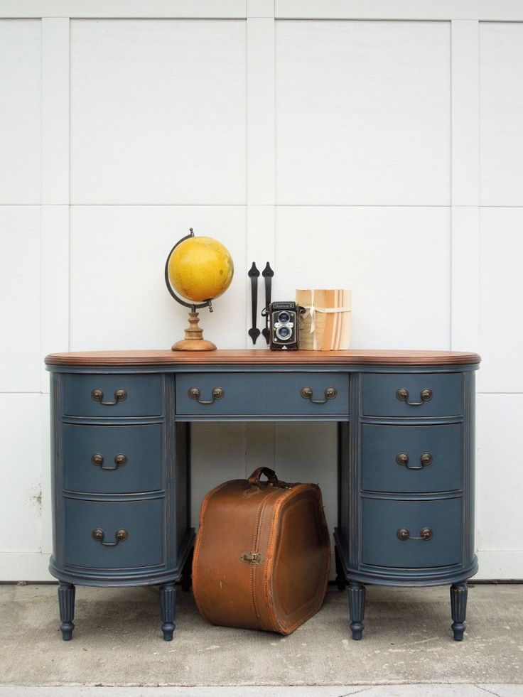 Antique Kidney-Shaped Desk, painted with natural wood top, and beautiful staging! Cotton Seed Designs for Carver Junk Company