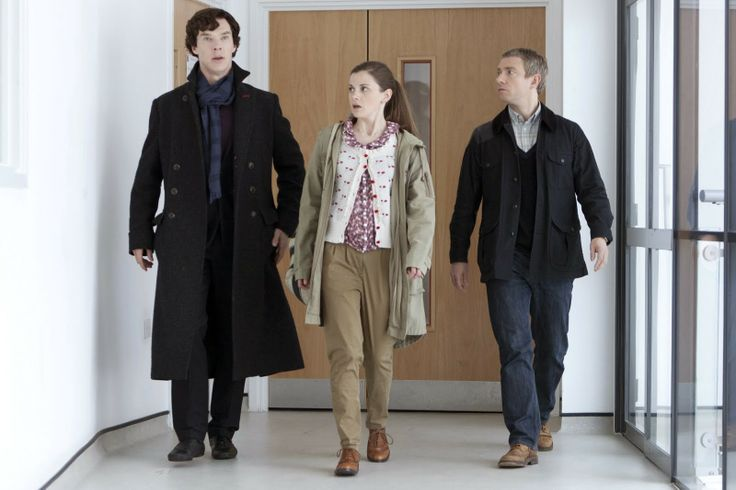 Sherlock TV Review. Benedict Cumberbatch, Martin Freeman and Louise Brealey. http://www.Neamoview.blogspot.co.uk