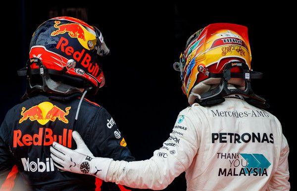Lewis Hamilton Photos Photos F1 Grand Prix Of Malaysia Formula 1 Grand Prix Formula Racing