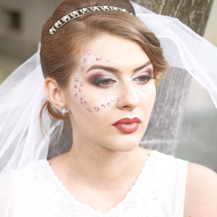 Make up bride: eyes&lips in watercolor technique and some floral designs
