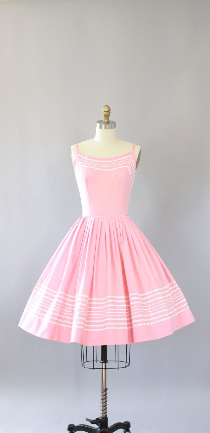 Vintage 50s Vicky Vaughn light pink cotton dress with Ric-Rac. Full skirt. Metal zipper up back. Double spaghetti straps. Cute V-back.