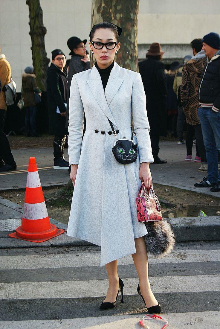 #Nouveau sur #PROTEGEMACAPE  article du style sur http://pmcmode.wix.com/pmc-m  avec @mademoiselle_yulia #yulia à la #fashionweekparis #look #paris #lookfashion #streetstyle #mode #japan #instamode #menswear #pfw #pmc #women #chic #parisfashion