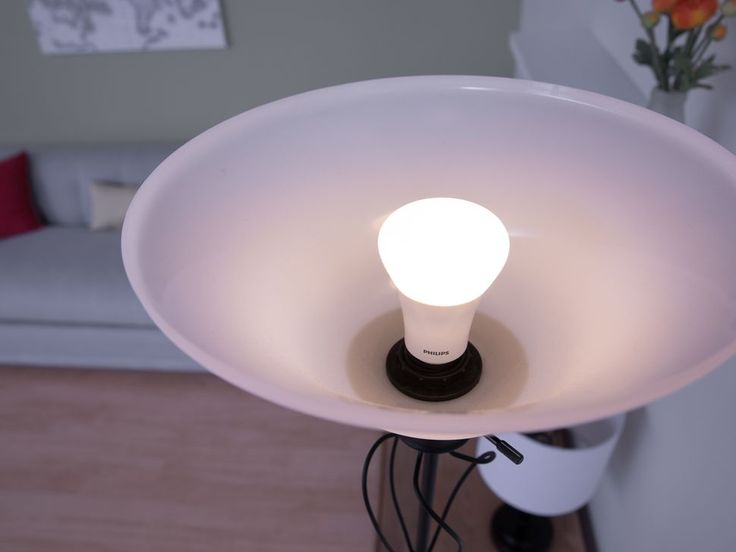 Looking for honest Light Bulb advice? Get Expert advice on lights bulbs including LED lights, CFLS, halogens, bulb wattage and much more from CNET.com.