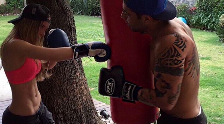 Belinda revoluciona Instagram mostrando su cuerpazo entrenando box