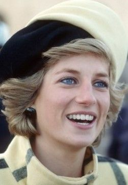 Princes Diana visit to Berlin November 1, 1987, Diana wore a turban hat by Philip Somerville. .....Uploaded By www.1stand2ndtimearound.etsy.com