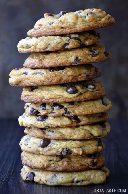 Secret Ingredient Chocolate Chip Cookies | recipe via justataste.com