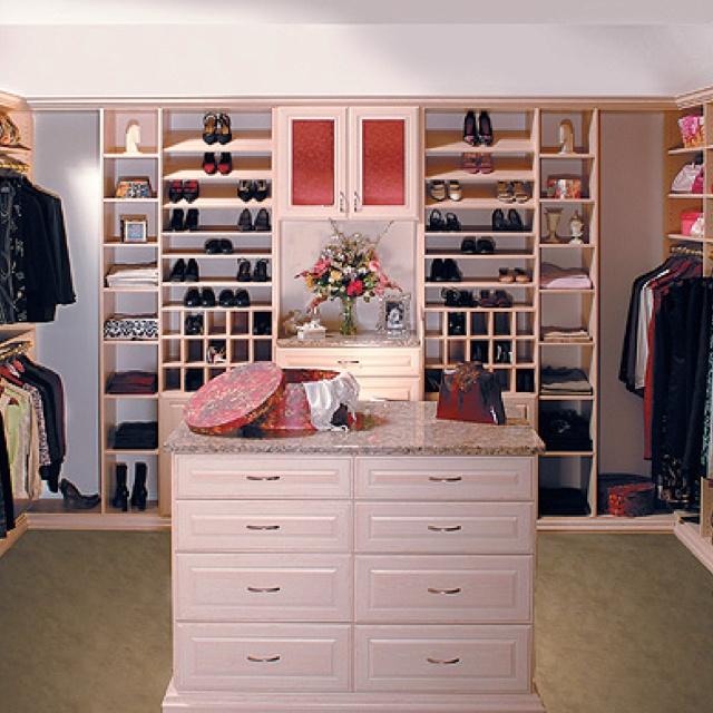 Cute Closet Walk In Wardrobe
