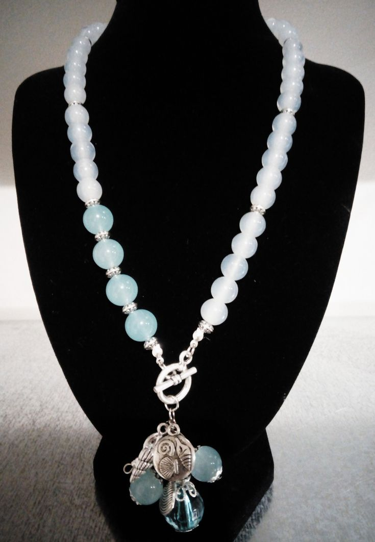 Glass bead/shell necklace