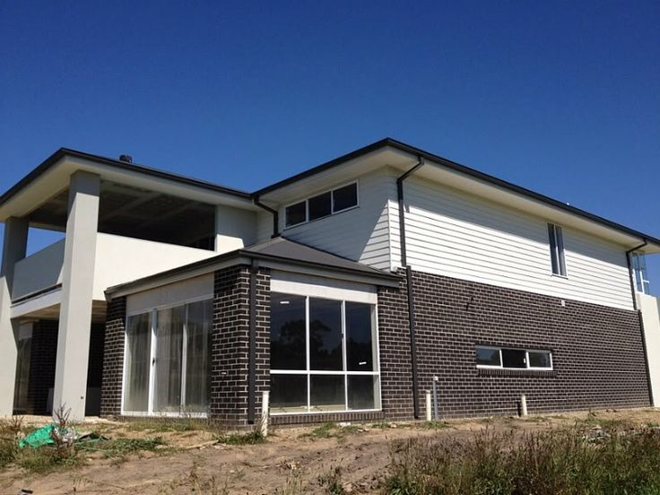 Colorbond Surfmist Render And Weatherboards New House