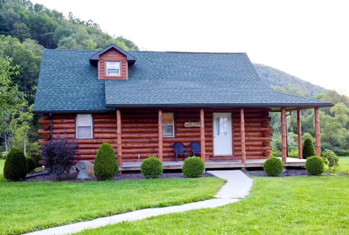Sink into your cozy bed in one of the 71 comfortable rooms or opt to rent one of the six rustic cabins. Guest amenities include a free hot breakfast, LCD televisions, free WiFi service, and a refrigerator and microwave in each room.