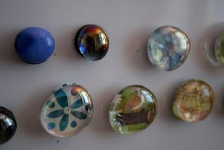{Easy Kid Craft: Homemade Magnets}  These are cute!  I have seen necklaces done this way as well.  Pretty.