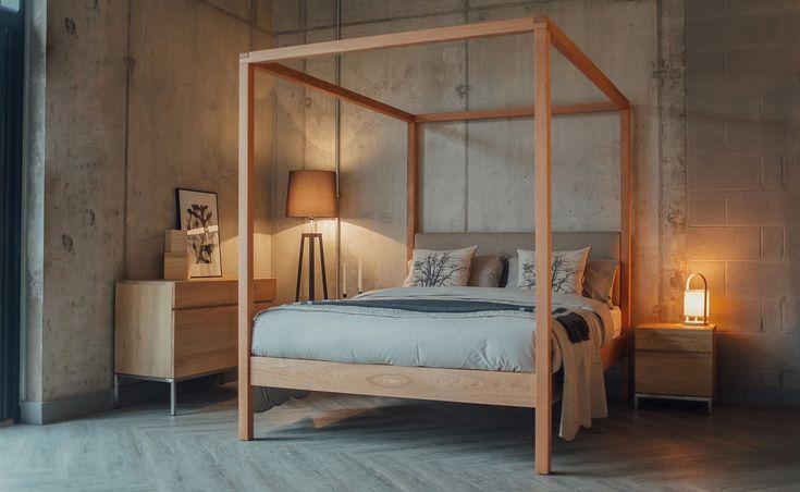 Upholstered 4 poster bed - Highland