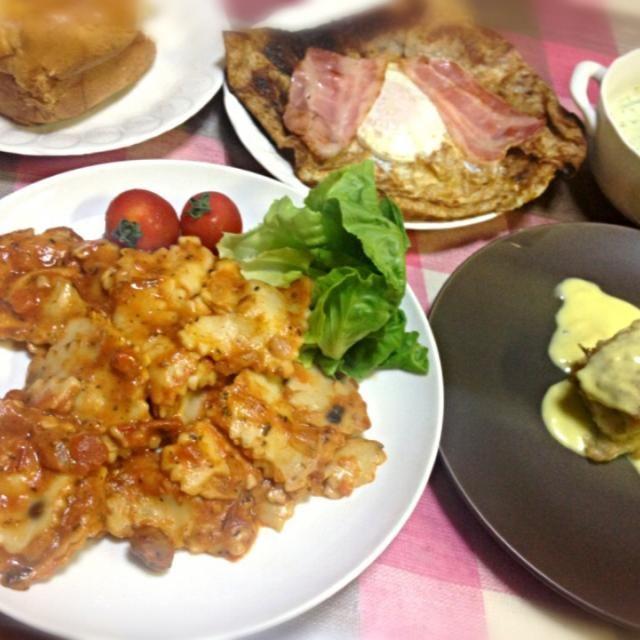 ラザニアはフランスでインスタントのものを買いました。イタリア料理ですね。ガレットの生地フランスで購入。 - 7件のもぐもぐ - ラザニア、カレイのムニエル、エッグとベーコンのガレット、スープ、パン by pianokitty