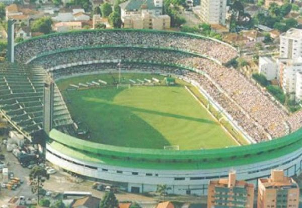 Estádio: Major Antônio Couto Pereira