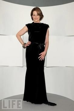 Dress Tips for Women Over 50 -How to Look Red Hot - FocusOnStyle.com