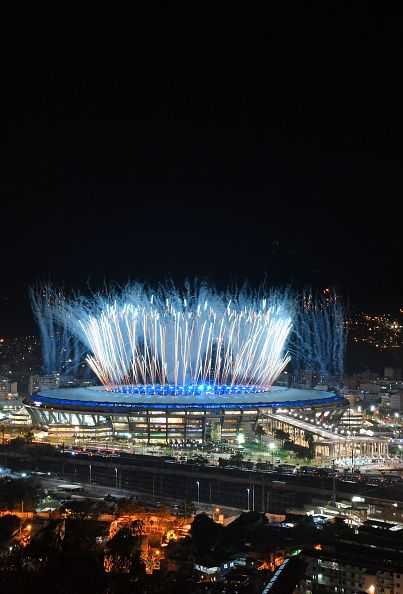 #RIO2016 Fireworks explode over the Maracana stadium during the opening ceremony of the Rio 2016 Olympic Games in Rio de Janeiro on August 5 2016 / AFP /...