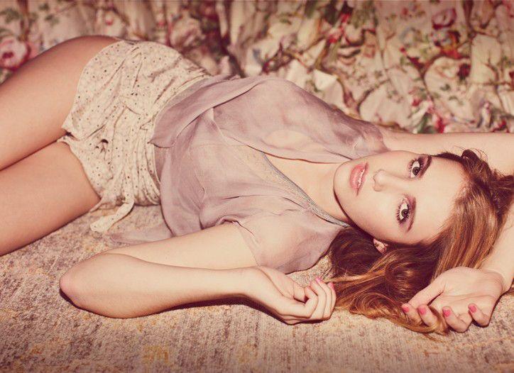Emma Roberts: Age of Enlightenment | Emma roberts, Emma ...