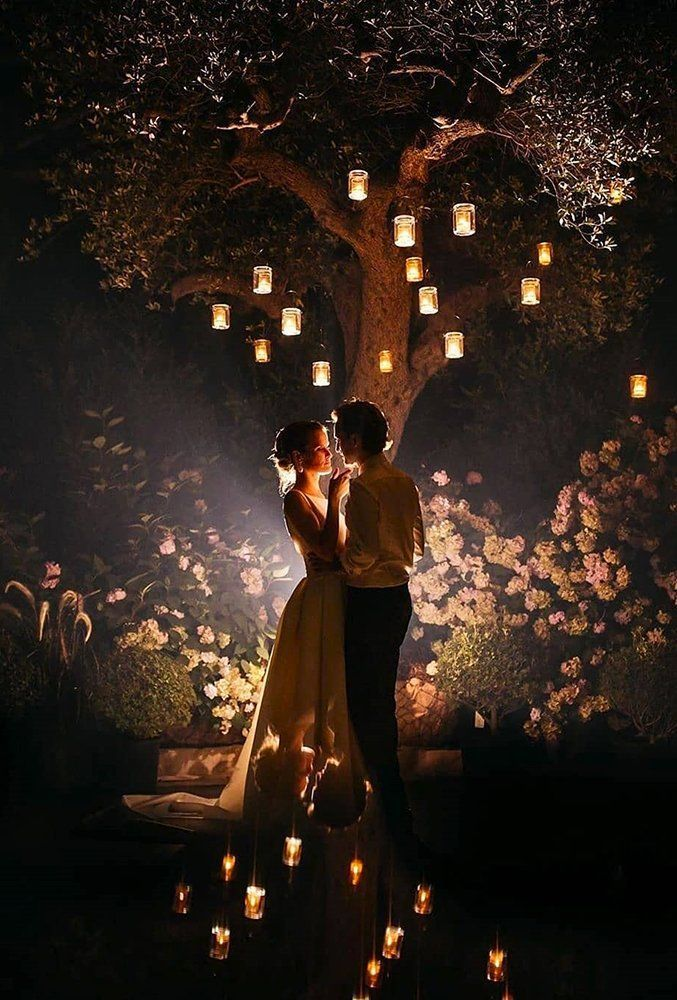 36 Must-Take Romantic Photos On Your Wedding | Night wedding ...