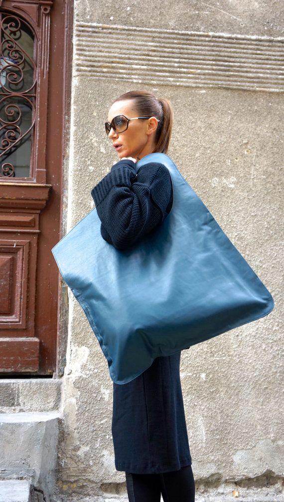 NOUVELLE Collection sac de cuir véritable marine / haute qualité Tote asymétrique grand sac par AAKASHA A14176