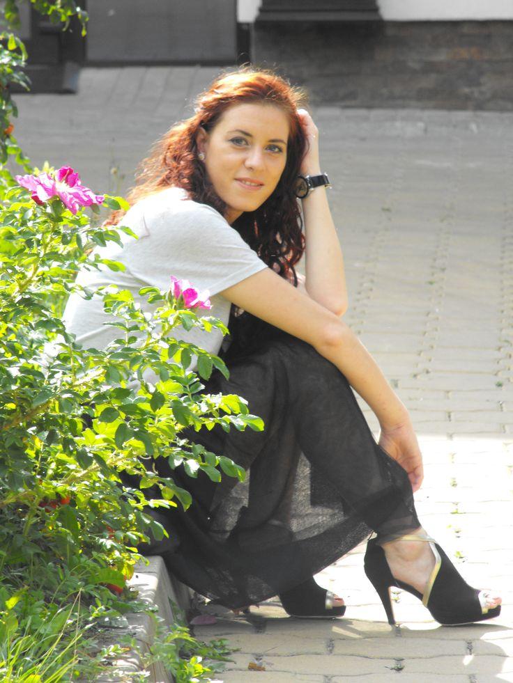 http://www.sammydress.com/?deyutzablog  http://deyutza87.blogspot.ro/2014/09/ootd-fusta-tulle-neagra.html
