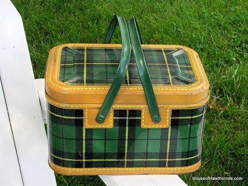 Green plaid picnic basket