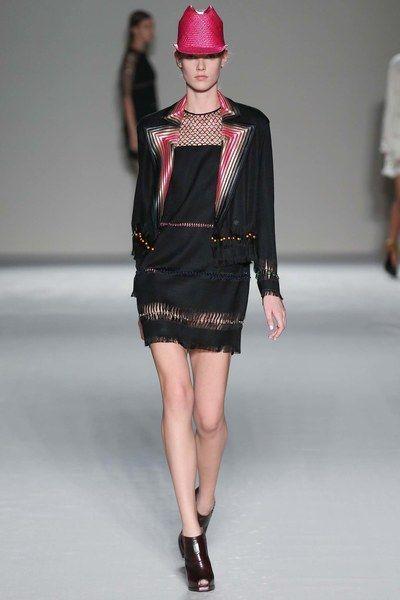 Marco de Vincenzo Bahar 2015 Hazır Giyim Koleksiyonu - Vogue