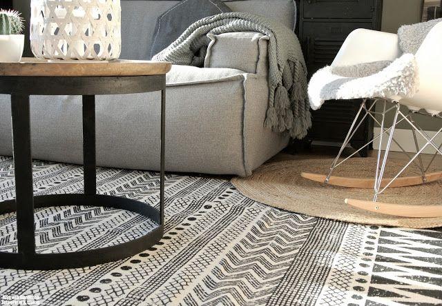Zwart, wit & hout + 'n toefje kleur!: Nieuwe salontafel, vloerkleed & een kringloopvondst!