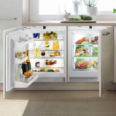 Un réfrigérateur et un congélateur gain de place. A intégrer sous plan, réfrigérateur et congélateur sont classés A+. UIK1620 et UIG1313. Liebherr.