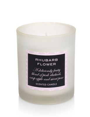 A deliciously fruity blend of pink rhubarb, crisp apple and sweet pear