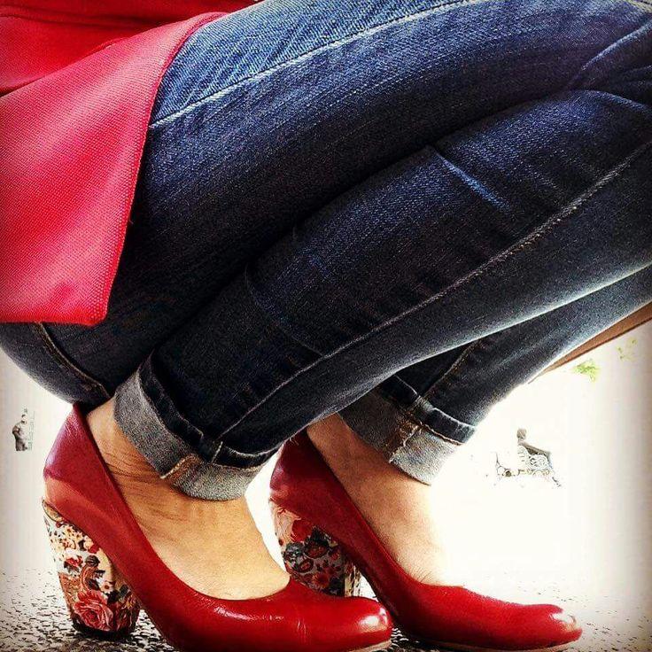😍 Aurora Charol Rojo Flores