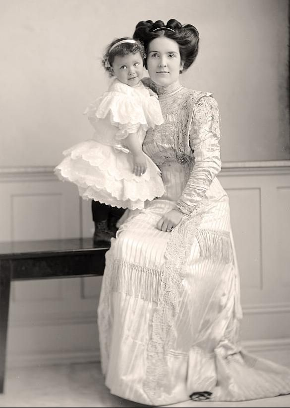 +~+~ Antique Photograph ~+~+  Sweet portrait of Mother and baby.