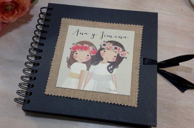 Álbum o libro de firmas en papel kraf negro.