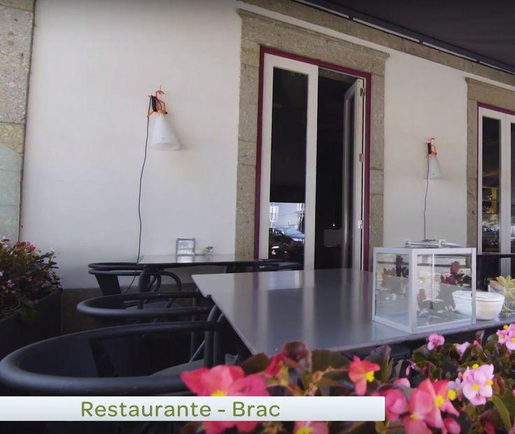 """Painel do """"Laboratório Harmonização a copo"""" realizado no restaurante Brac, na cidade de Braga, organizado pelo alivetaste.com com o apoio da ViniPortugal. Goste / Partilhe este artigo:"""