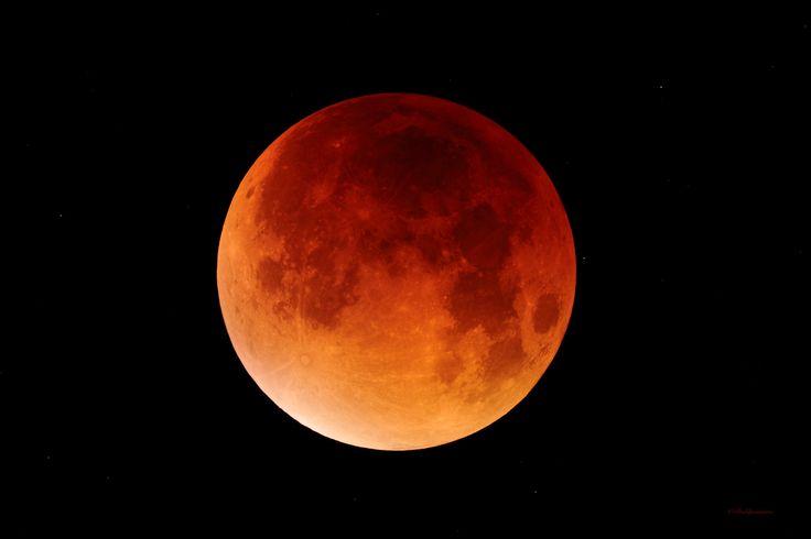 Eclipse Total de Luna 28-09-2015 en su máximo.