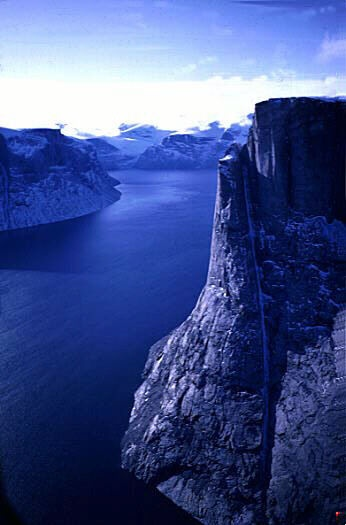 Baffin Island, Nunavut, Canada http://www.quarkexpeditions.com/en/arctic/expeditions/epic-high-arctic