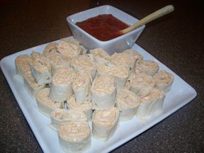 Taco Tortilla Rollups Recipe from RecipeTips.com!
