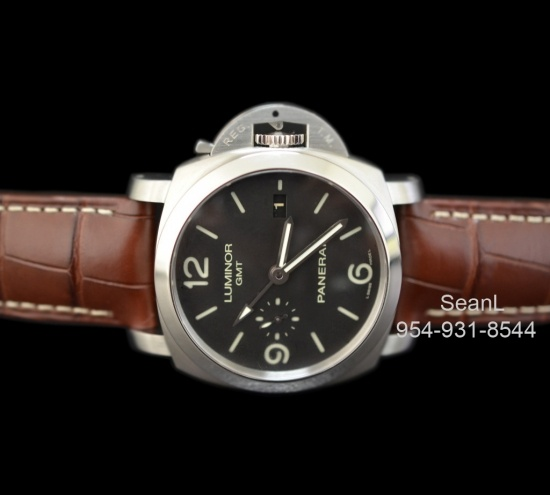 Panerai 320 Luminor GMT 1950 3 Day Automatic Stainless Steel  http://www.collectionoftime.com/specification.php?wid=202=16=12