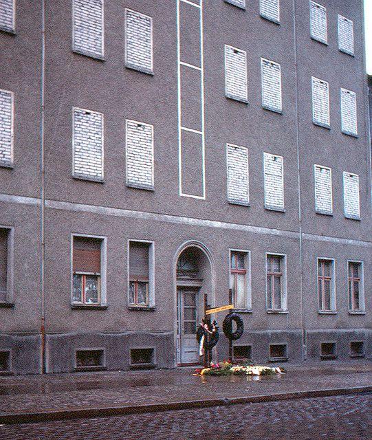 Berlin - Bernauer Strasse | August 19, 1963 | by roger4336
